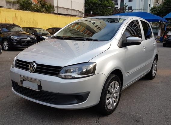 Volkswagen Fox 1.6 Vht Trend Total Flex I-motion 5p 2012