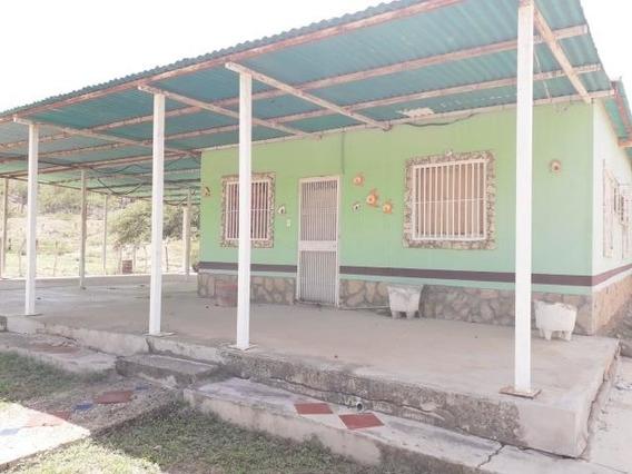 Casa En Venta Caujarao Cod-19-17575 04146954944