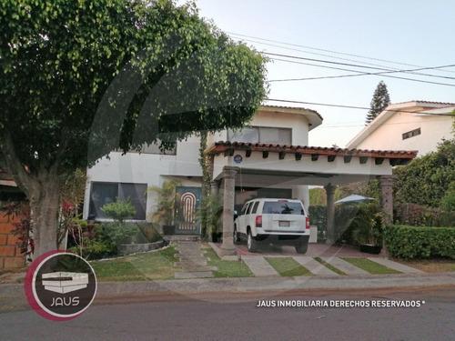 Imagen 1 de 17 de Venta De Casa En Lomas De Cocoyoc