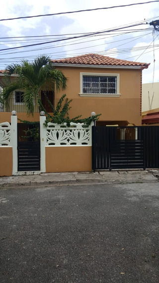 Casa De Oportunidad En San Isidro