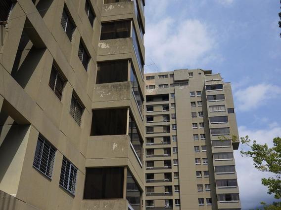 20-11790 Apartamento En Altamira 0414-0195648 Yanet