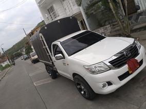 Toyota Hilux 2.7 2015