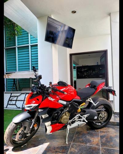 Imagen 1 de 10 de Ducati Streetfighter V4 2021 Naked