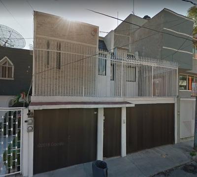 Remate Bancario!! Casa En Col. Paseo De Churubusco