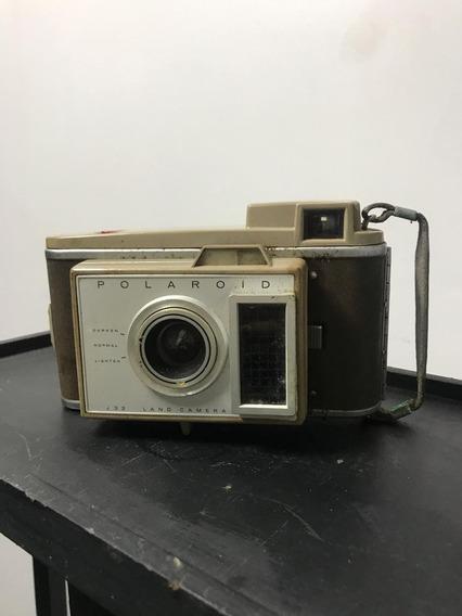 Câmera Polaroid J33