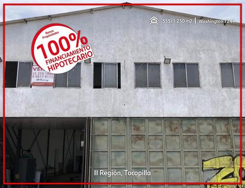 Imagen 1 de 8 de Galpón Comercial En El Centro De La Ciudad