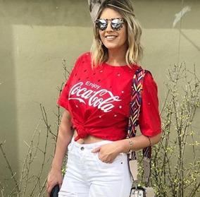 6004cf8942 T Shirt Coca Cola - Camisetas e Blusas Manga Curta para Feminino no ...