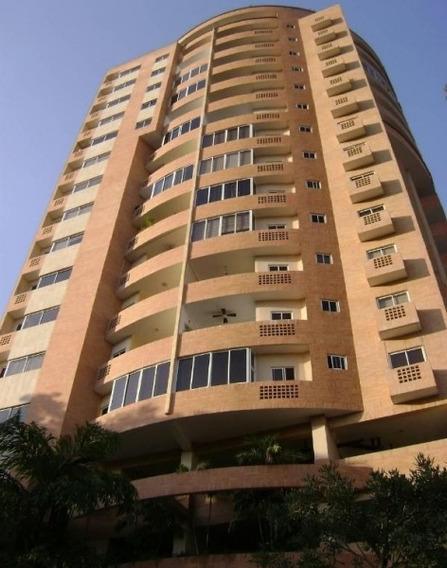 Se Vende Apartamento El Parral