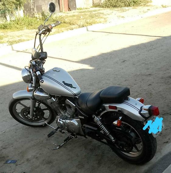 Dafra Kansas 250
