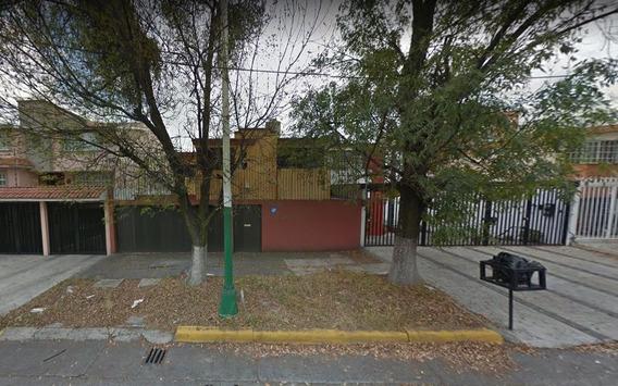 Casa En Venta En Ciudad Satélite **remate Bancario**