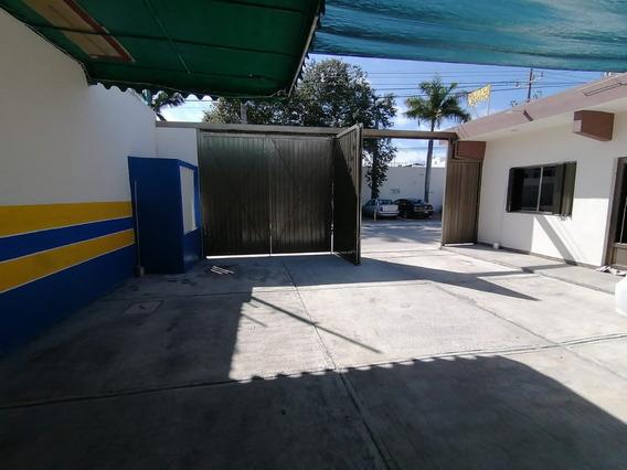 Lavadero De Coches - Cochera - Taller - Avenida Fonatur