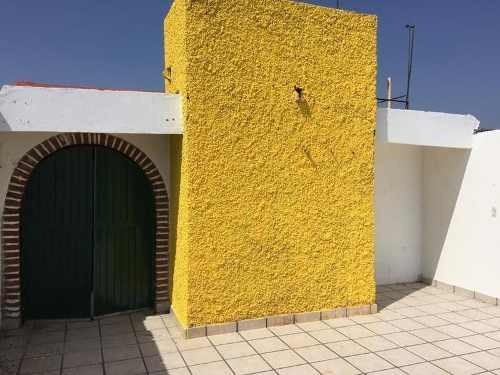 Casa Con Local En Venta En San Juan Del Rio Queretaro