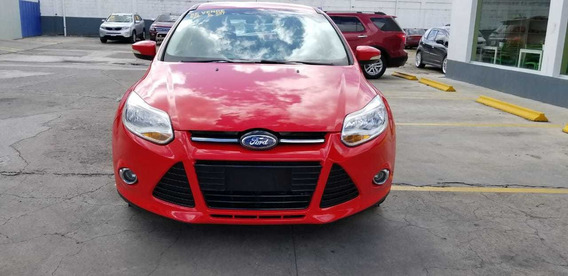 Ford Focus Inicial 120,000