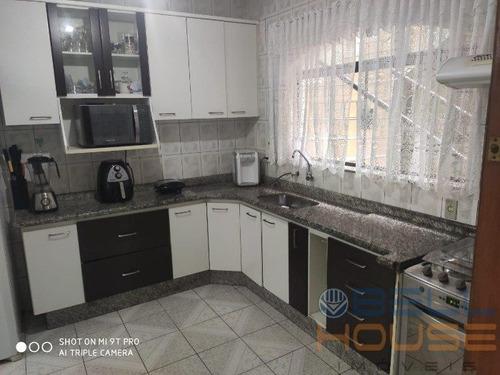 Imagem 1 de 15 de Sobrado - Jardim Las Vegas - Ref: 6846 - V-6846