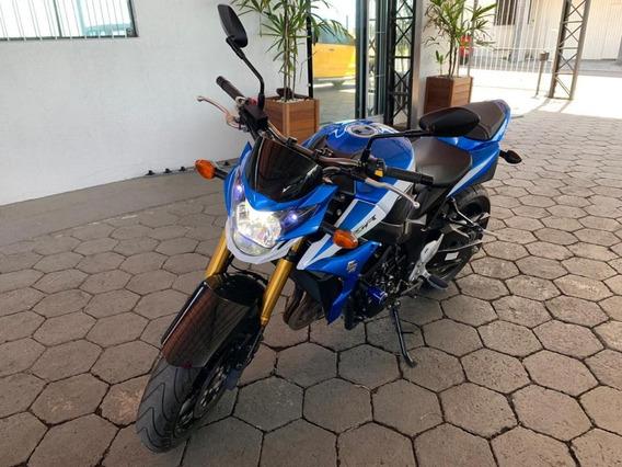 Moto Gsr 750 Com Apenas 10 Mil Km