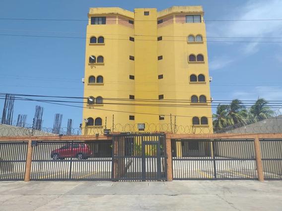 Apartamento En Tucacas, Res. Mirage. Gla-217