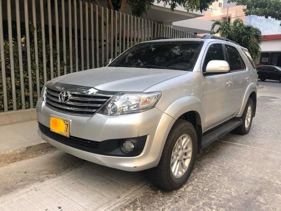 Toyota Fortuner Urbana 4x2 Auto