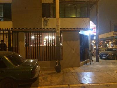 Por Urgencia Se Trasapasa Restaurante En Av. Aviacion 4455