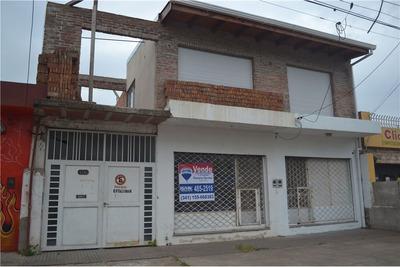 En Venta Galpón / Deposito + Local Comercial + Oficina Administrativa