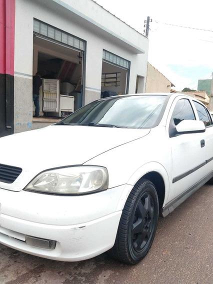 Chevrolet Astra Sedan 2.0 16v Gls 4p 1999