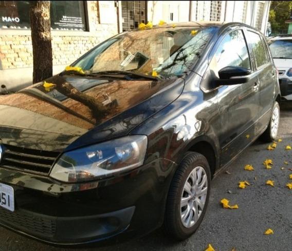 Volkswagen Fox 1.6 Vht I-motion Total Flex 5p 2011