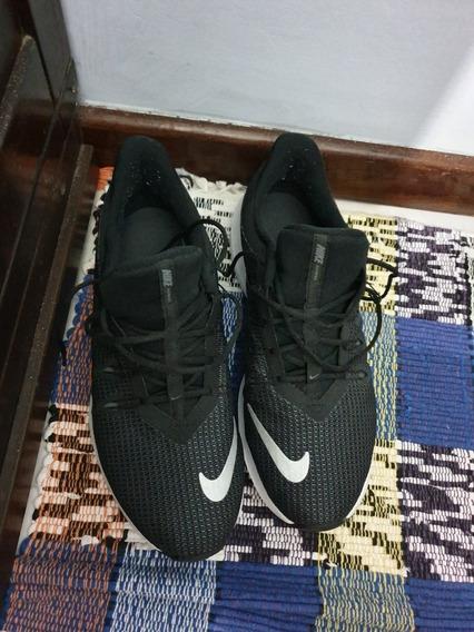 Tênis Nike Quest