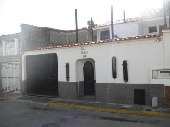 Cm 20-4172 Casa En Venta Castillejo
