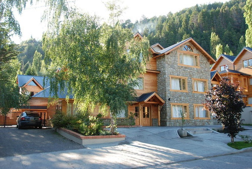 Departamento Planta Baja 1 Dorm Cochera Y Pileta Edif Golondrinas - San Martin De Los Andes