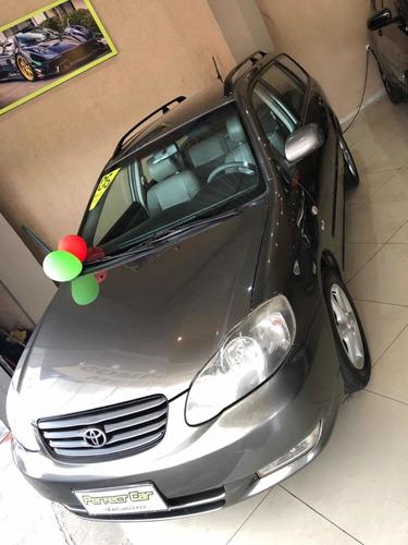 Imagem 1 de 6 de Toyota Fielder
