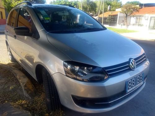 Volkswagen Suran 1.6 Comfortline 101cv 11a 2013
