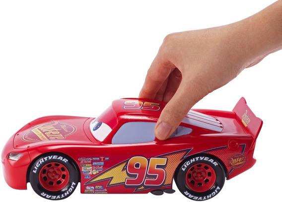 Cars 3 Mcqueen Movimiento De Película