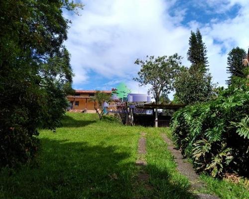 Chácara Bem Localizada Em Atibaia - Venda - Ch00724