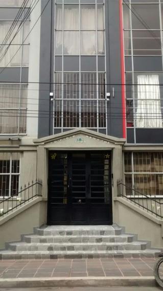 Apartamento En Arriendo Chapinero Central 63-2318