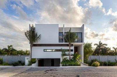 Venta Casa En Puerto Cancun, Laguna #56