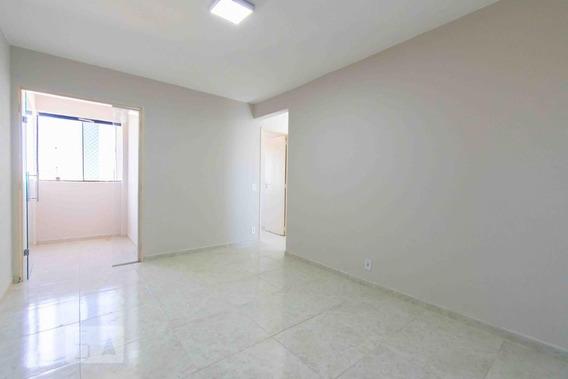 Apartamento No 3º Andar Com 2 Dormitórios E 1 Garagem - Id: 892945167 - 245167