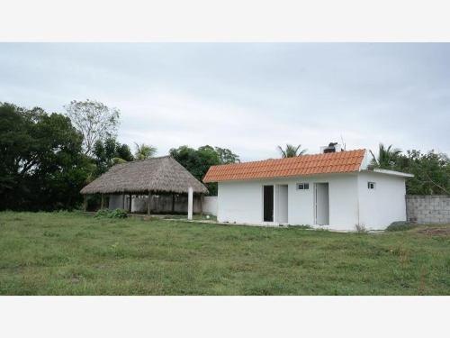 Rancho En Venta Carr. Juan De Alfaro.