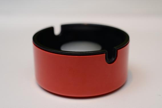 Braun Cenicero Rojo