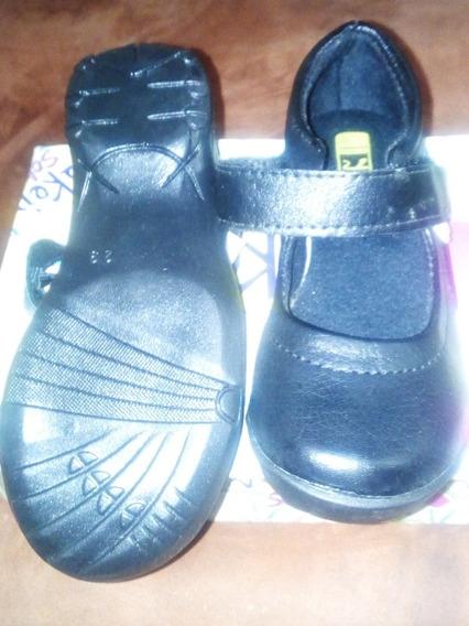 Zapatos Escolares Negros Yaiker School Para Niña Talla 29