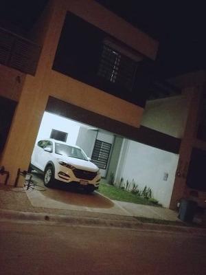 Casa En Renta En Residencial Las Lomas, Sector Privadas