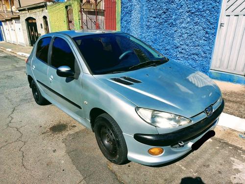 Peugeot 206 2007 1.4 Presence Flex 5p