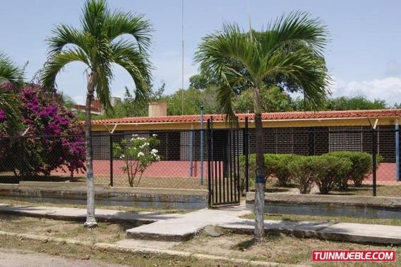 Gina Briceño Vende Casa En Los Canales De Rio Chico 19-6493