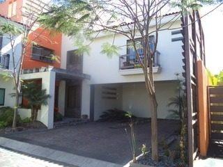 Casa Renta Ciudad Granja.