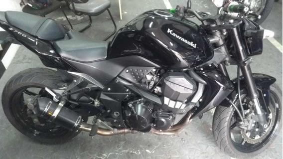 Kawasaki Z750 2011