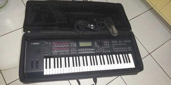 Teclado Profissional Yamaha Mox6 Syntetizador Profissional E