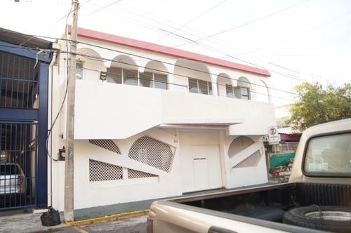 Edificio En Renta En Fracc. Reforma. Ideal Para Escuela, Veracruz