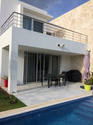 Muy Linda Villa En El Prestigioso Sitio Playa Nueva Romana
