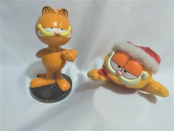 2 Garfields Resina E Pelucia Usados Estsal
