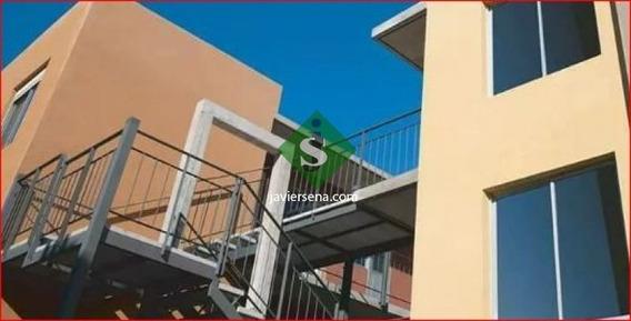 Venta De Apartamento En Maldonado, 2 Dormitorios, Baño, Saldo Con Banco.- Ref: 167710