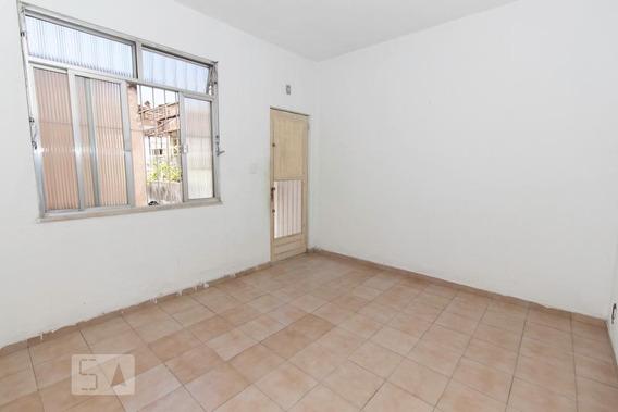 Apartamento No 1º Andar Com 1 Dormitório - Id: 892970113 - 270113