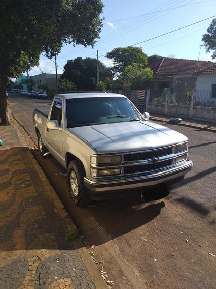 Chevrolet Silverado Completa
